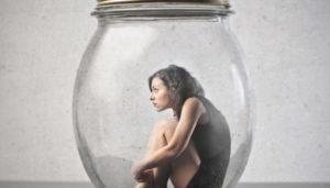 Причины страха и сомнений, видео сеанса регрессивного гипноза